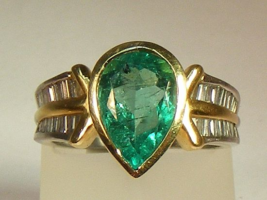 vintage emerald ring alison needful things